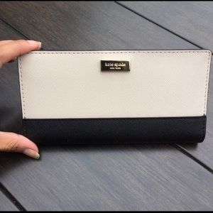 🍀💕Kate Spade Stacy Wallet🍀💕